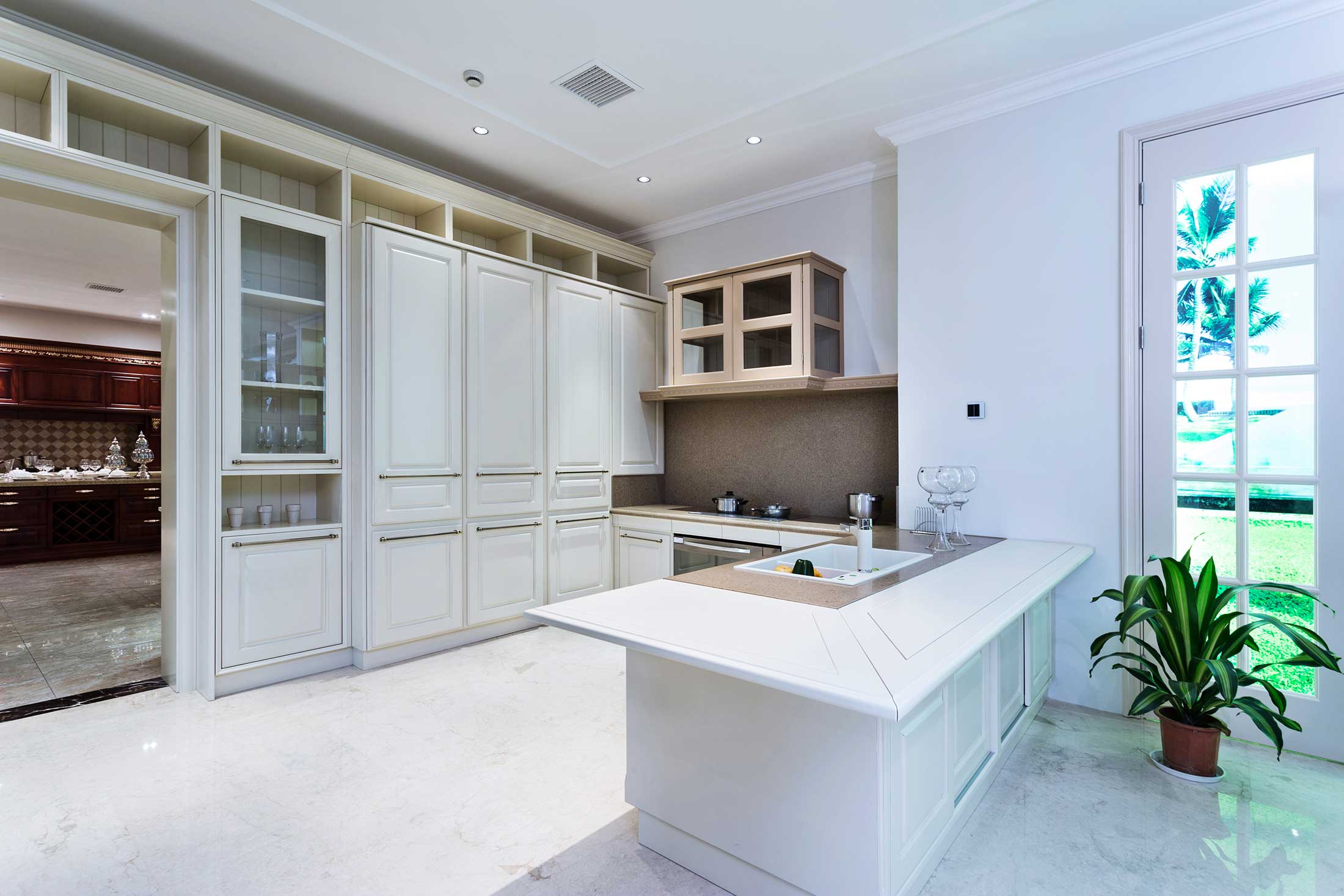 Clear Maple Kitchen Cabinets Showroom