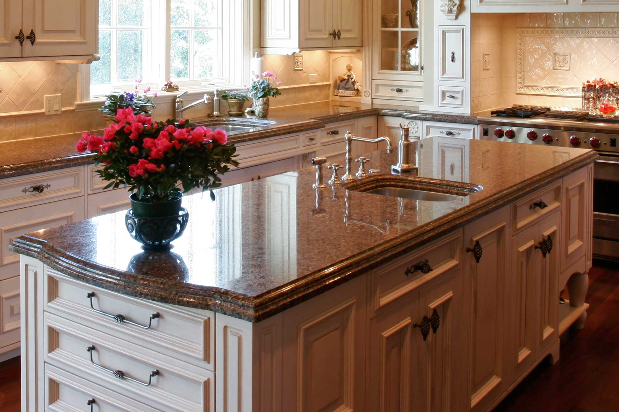 Maple Leaf Kitchen Cabinets Ltd Countertops